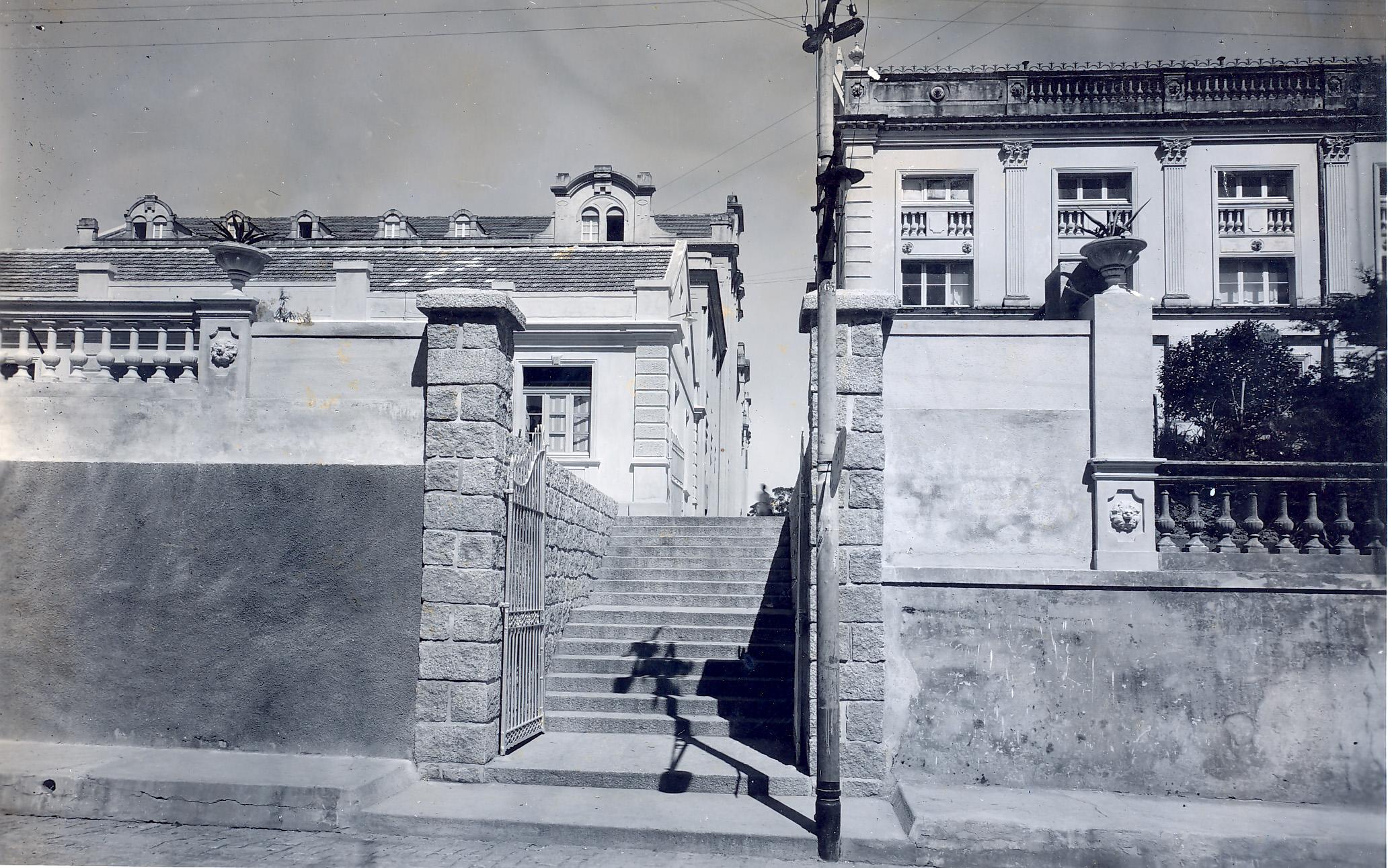 Portão Principal do Ginásio Catarinense - 1900