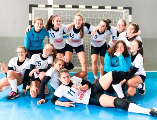 Atletas de voleibol e handebol representam o Colégio Catarinense na final dos Jogos Escolares de Santa Catarina