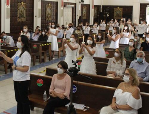 Crianças e jovens participam de celebrações de fé e alegria pelo compromisso cristão